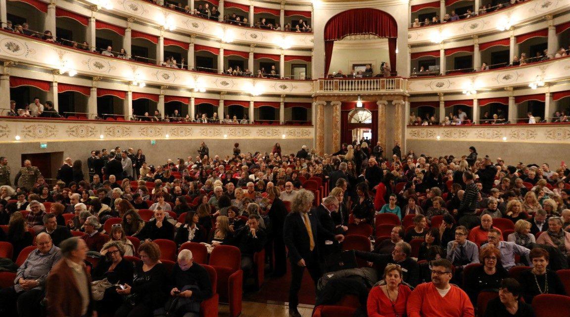 """Grande spettacolo al Teatro GOLDONI : """"TUTTI PER LIVORNO"""""""